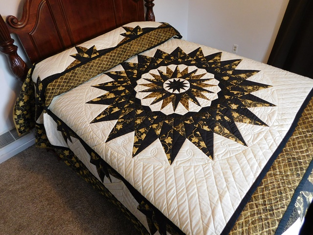 Black and Gold Double Compass Quilt Photo 1