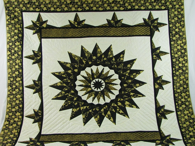 Black and Gold Double Compass Quilt Photo 2