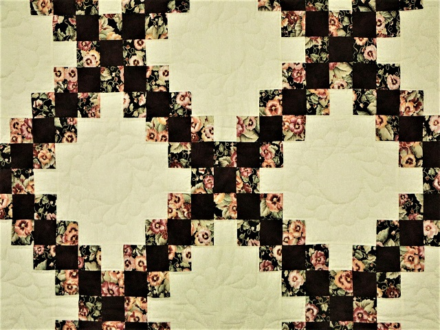 Double Irish Chain Quilt Photo 5
