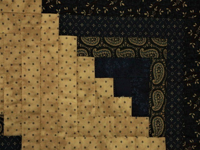 Log Cabin Navy and Deep Tan Quilt Photo 6