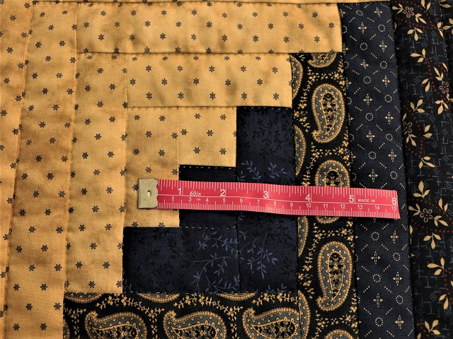 Log Cabin Navy and Deep Tan Quilt Photo 7