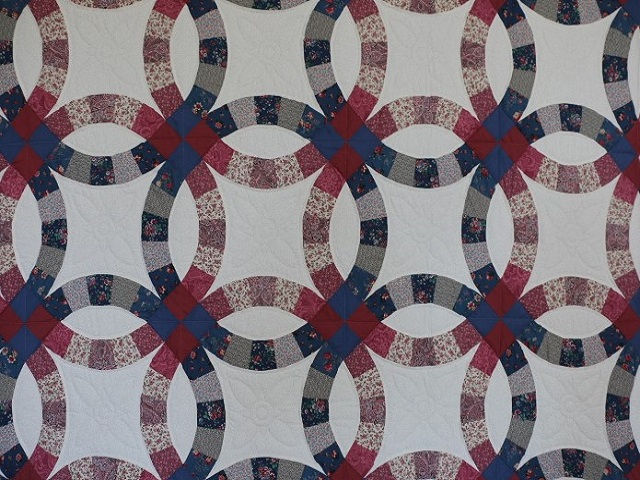 King Blue and Rose Double Wedding Ring Quilt Photo 3