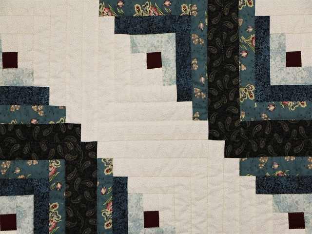 Log Cabin Quilt Photo 4