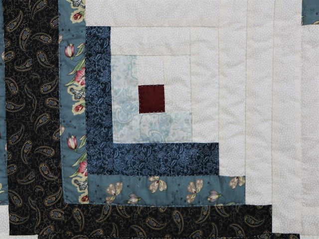 Log Cabin Quilt Photo 5