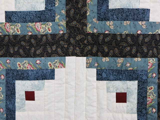 Log Cabin Quilt Photo 7