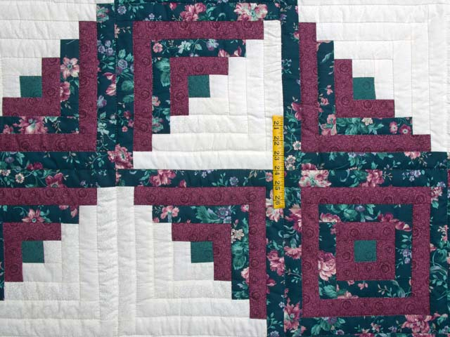 Plum Rose and Green Log Cabin Star Quilt Photo 4