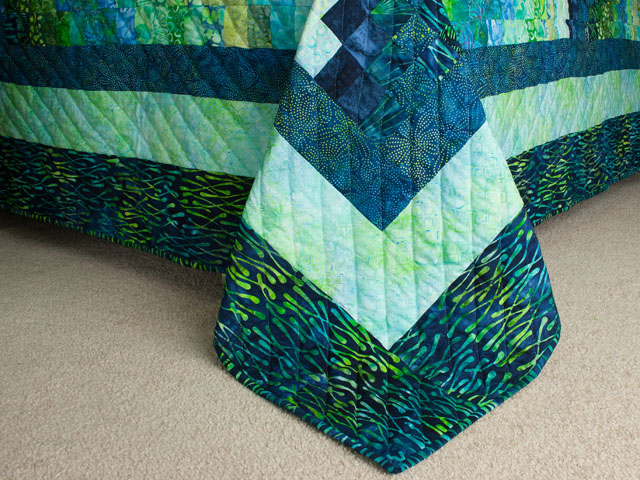 Bargello Wave in Striking Green and Blue Batiks King size bed quilt Photo 7