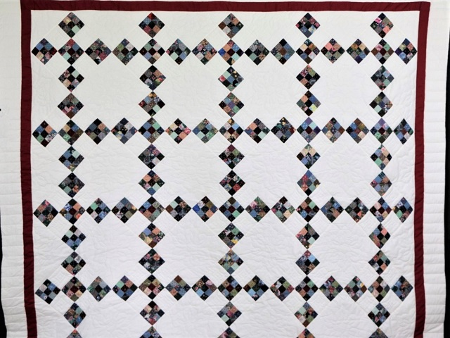 Scrappy Double Nine Patch Quilt Photo 2