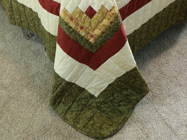 Green Gold and Rusty-Red Lone Star Log Cabin Quilt Photo 8