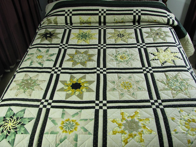 Black and Green Stack and Whack Stars Quilt Photo 1