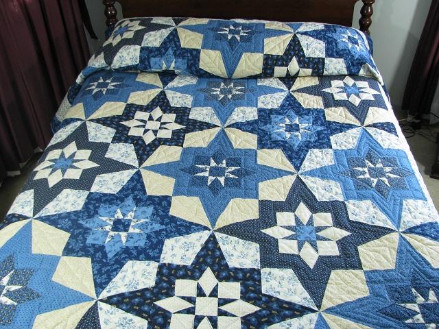 Blue Northern Star Quilt Photo 1
