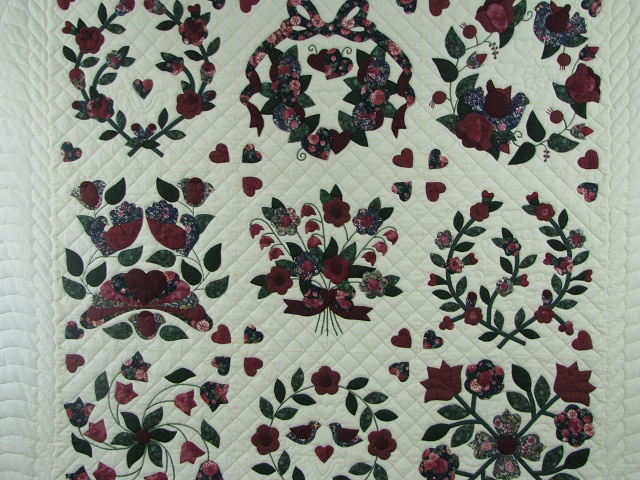 Burgundy Green Applique Sampler Quilt Photo 3