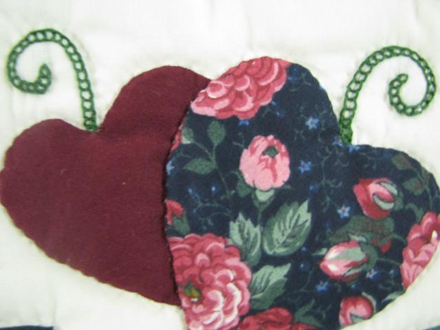 Burgundy Green Applique Sampler Quilt Photo 6
