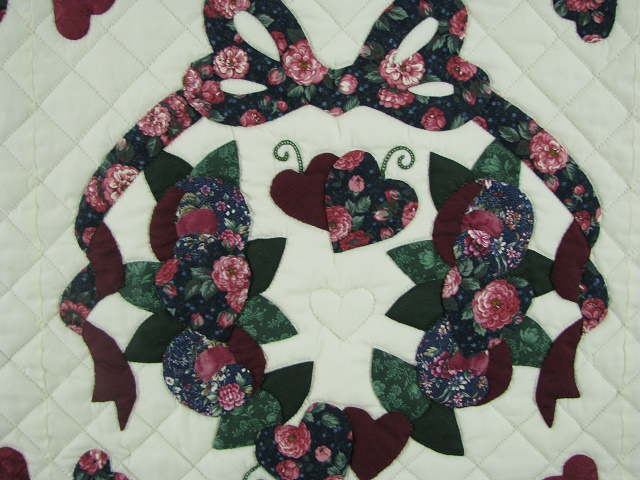 Burgundy Green Applique Sampler Quilt Photo 7