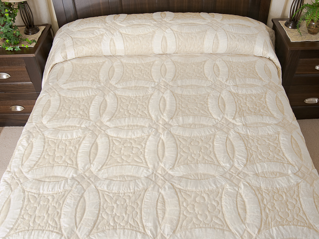 Queen All Neutrals Double Wedding Ring Quilt Photo 1