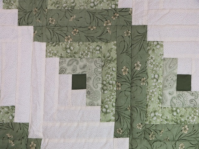 King Soft Greens and Cream Lone Star Log Cabin Quilt Photo 4
