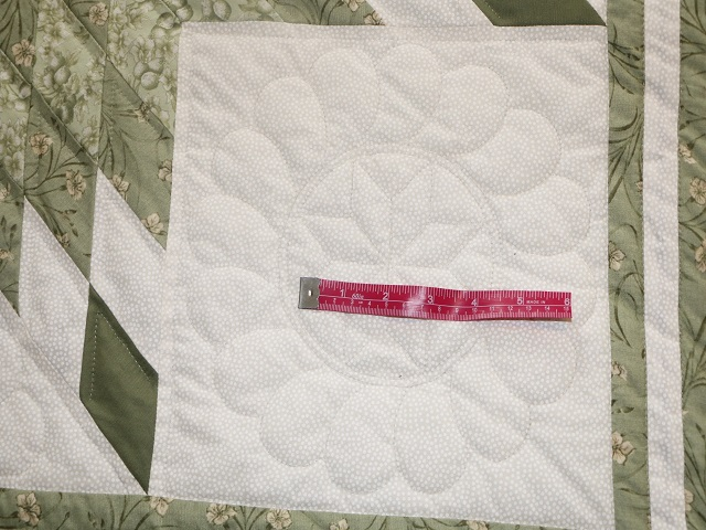 King Soft Greens and Cream Lone Star Log Cabin Quilt Photo 5