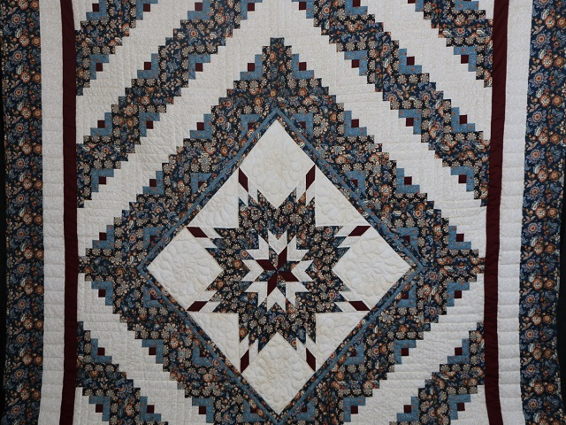 Blue Navy and Burgundy Lone Star Log Cabin Quilt Photo 2