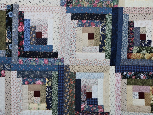 Scrappy Log Cabin Quilt Photo 5