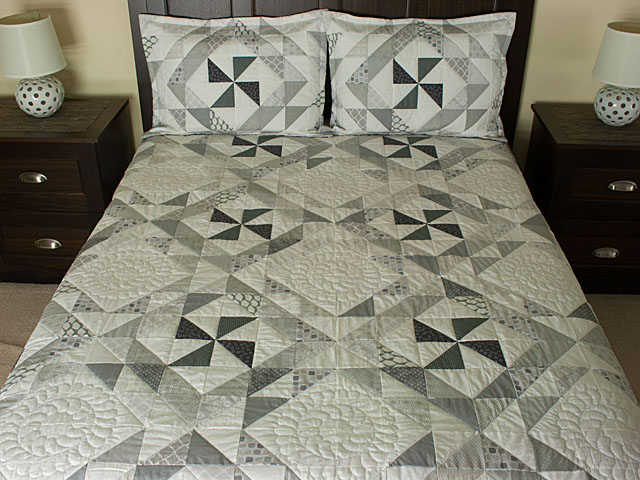 Pinwheel Twist - King Size 