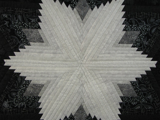 Black and White Diamond Star Log Cabin Quilt Photo 7