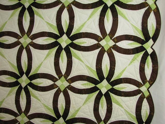 Brown with Green Star Wedding Ring Quilt Photo 4