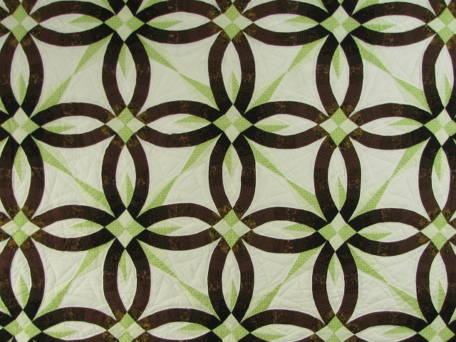 Brown with Green Star Wedding Ring Quilt Photo 8