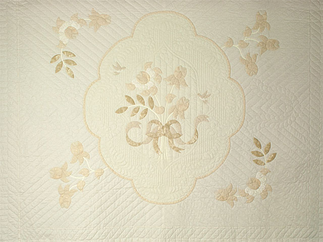 Lancaster Treasure in ivory with tan floral border King size hand appliqued and hand quilted Photo 3