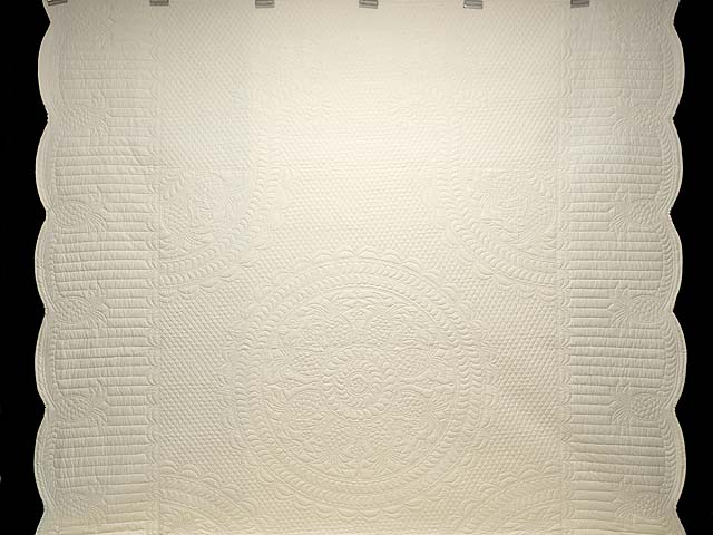 Cream All Quilted Pineapple Quilt Photo 2