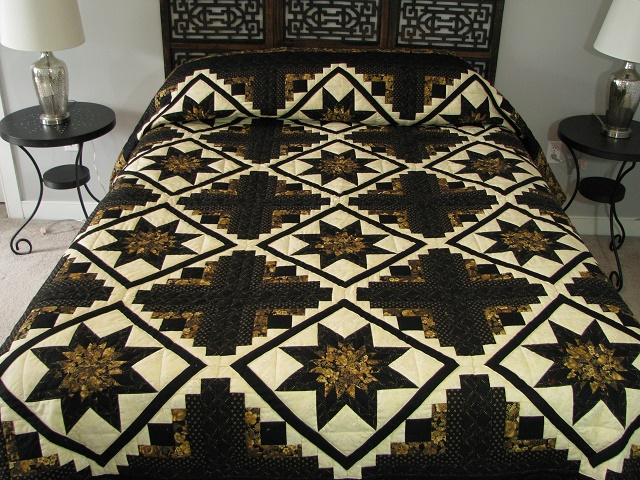 Black and Gold Log Cabin with Stars Quilt Photo 1
