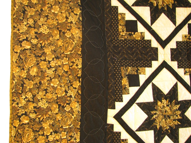 Black and Gold Log Cabin with Stars Quilt Photo 4