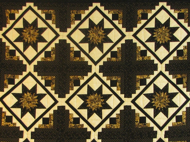 Black and Gold Log Cabin with Stars Quilt Photo 8