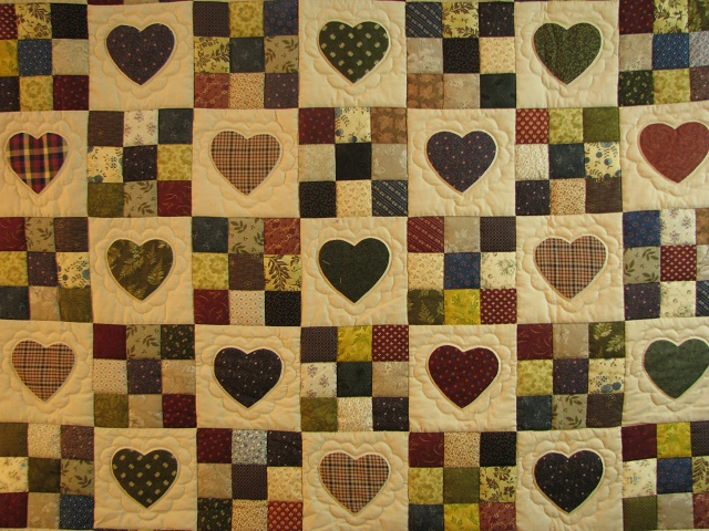 Plum Hearts and Nine Patch Quilt Photo 3
