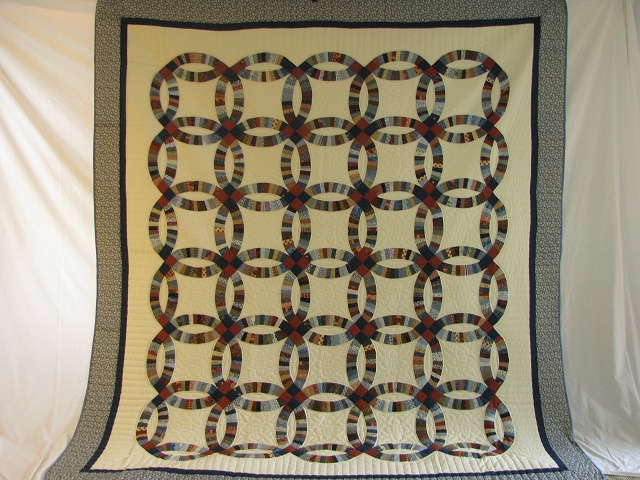 Blue and Multi Retro Double Wedding Ring Quilt Photo 2