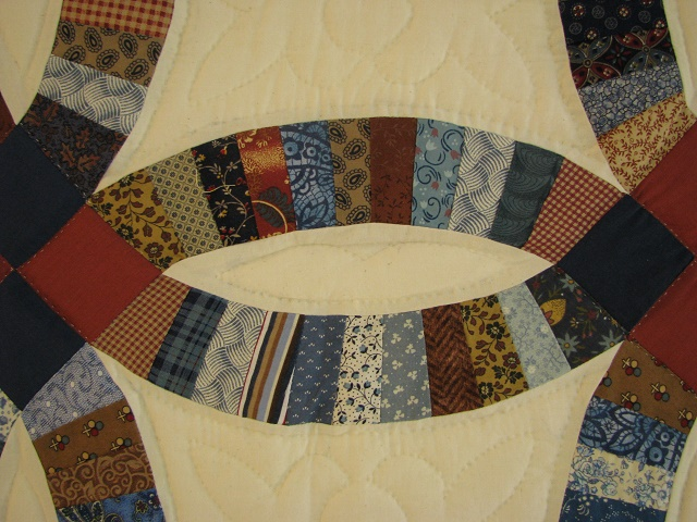 Blue and Multi Retro Double Wedding Ring Quilt Photo 5