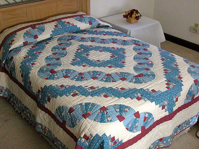 King Blue and Raspberry Log Cabin Fans Quilt Photo 1