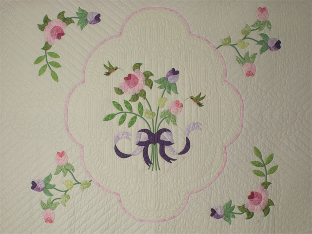 Lancaster Treasure in rose and lilac on ivory Queen size hand appliqued and hand quilted Photo 3