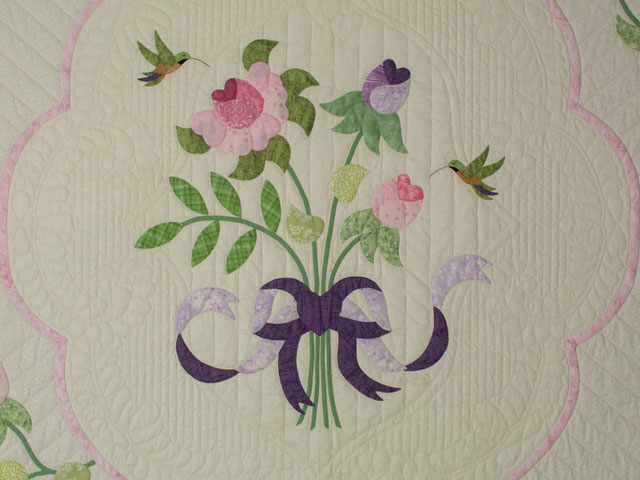 Lancaster Treasure in rose and lilac on ivory Queen size hand appliqued and hand quilted Photo 4