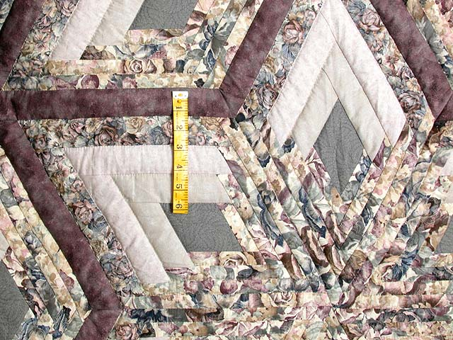 Lavender Diamond Log Cabin Star Quilt Photo 4