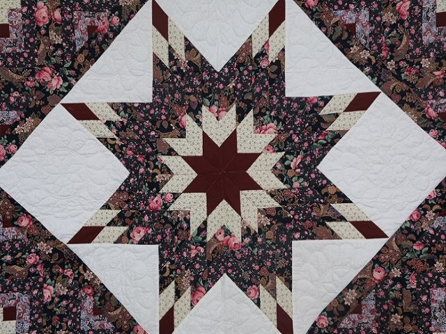 Navy Rose and Burgundy Lone Star Log Cabin Quilt Photo 3