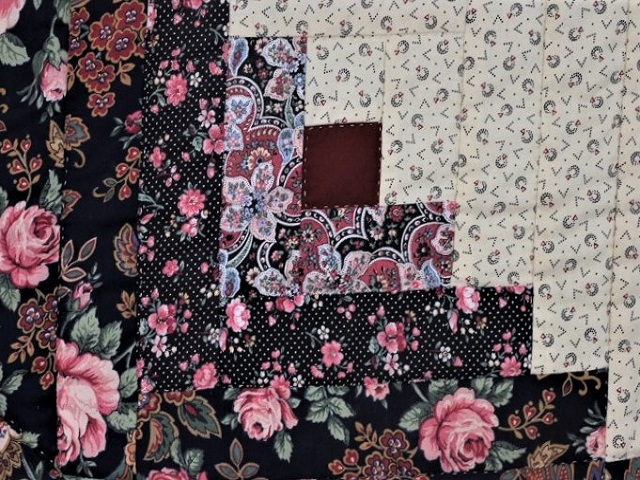 Navy Rose and Burgundy Lone Star Log Cabin Quilt Photo 7