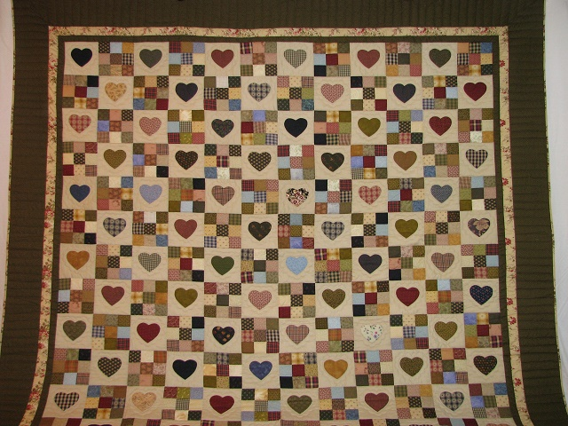 King Green Hearts and Nine Patch Quilt Photo 2