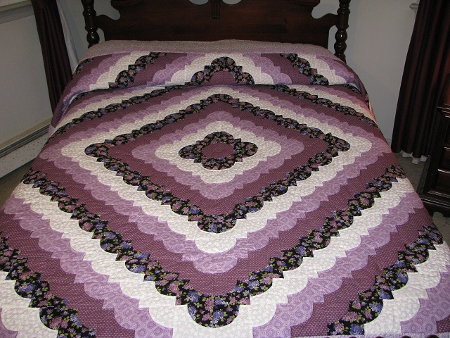 King Lavender Ocean Waves Quilt Photo 1
