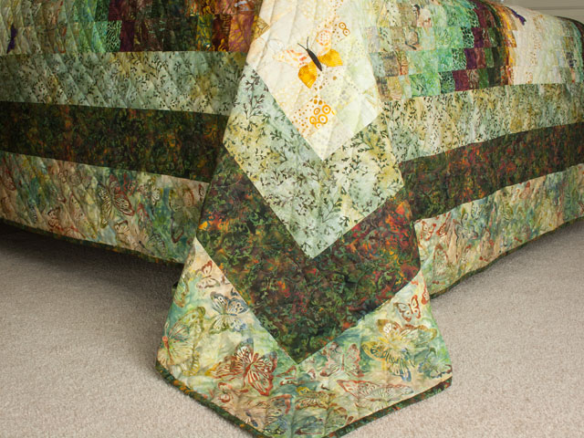 The Journey - Queen Quilt A combo of piecing, hand appliquéing, hand quilting Photo 7
