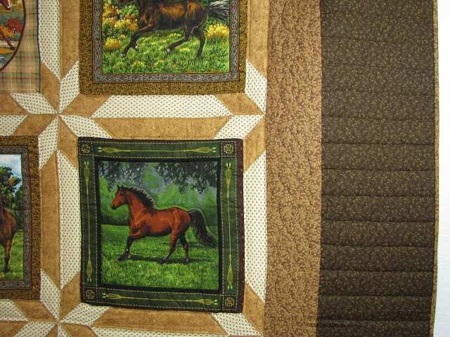 Chestnut Brown Horse Star Quilt Photo 4