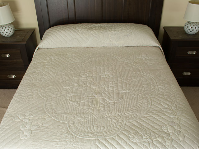 Lancaster Treasure King  Soft Neutrals-Hand Applique, Hand Quilted Photo 1