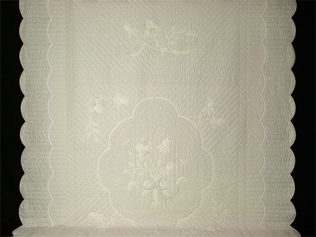 Lancaster Treasure King  Soft Neutrals-Hand Applique, Hand Quilted Photo 2