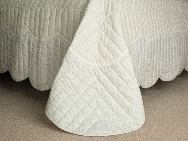 Lancaster Treasure King  Soft Neutrals-Hand Applique, Hand Quilted Photo 7