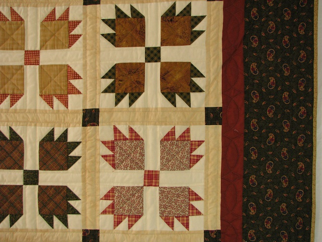 Twin Green and Multi color Bears Paw Quilt Photo 4