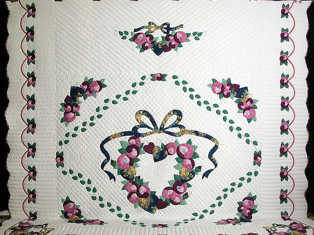 King Blue Gold Rose Country Love Quilt Photo 2